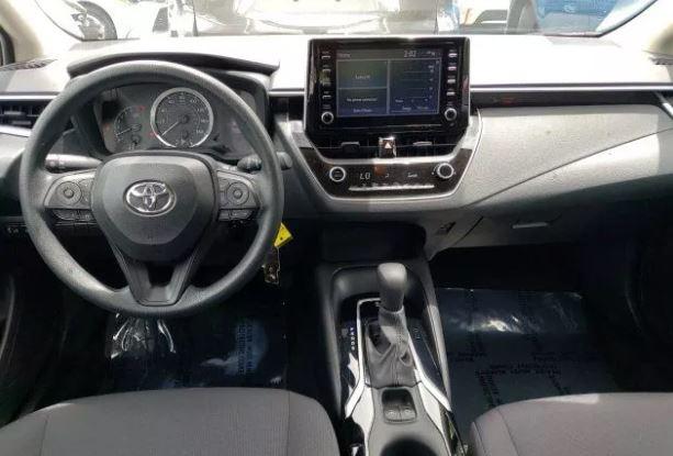 2020 Toyota Corolla LE full